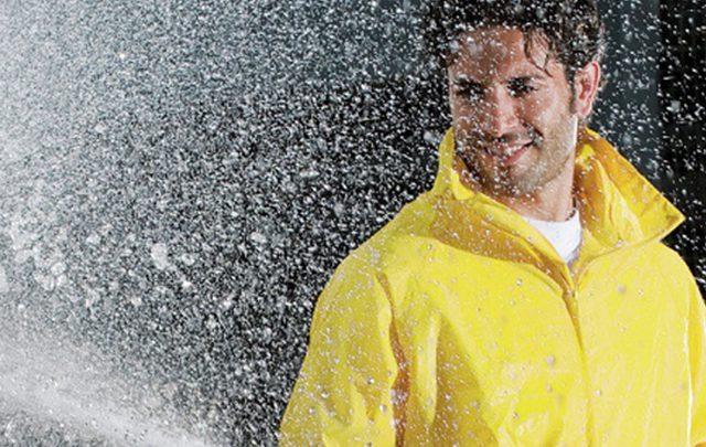Leserumfrage: Regenbekleidung von Würth MODYF, wasserdicht