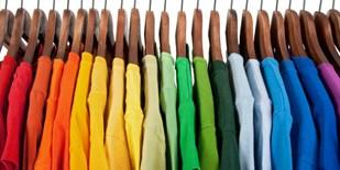 Arbeitskleidung und Farben: die Bedeutungen