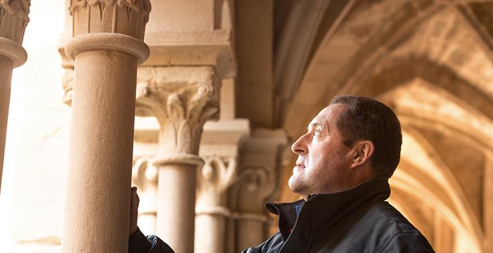 Kunsthandwerker Ramon und seine vinaixa Sandsteine